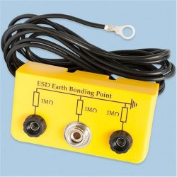 Grounding box with 2 pcs. banana plug +  1 pce. 10,3 mm snap