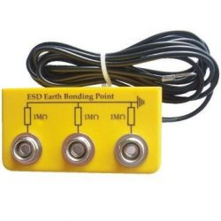 Grounding box with 3 pcs. 10 mm snap